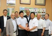 【なすの】相撲日本代表三田選手・黒羽高校相撲部に地元農産物を提供